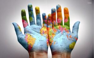 Mapa-del-Mundo-manos-1024x640